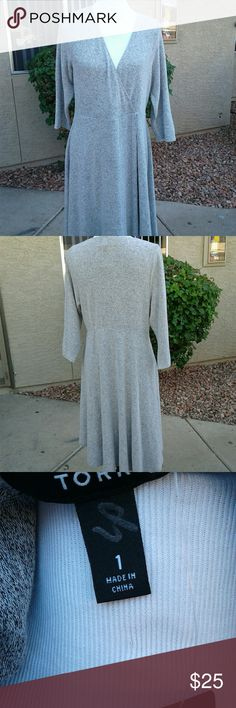 TORRID DRESS NWT SIZE 16W LOOKS LIKE CASHMERE FEELS LIKE CASHMERE BUT ISN'T....RAYON POLYESTER AND SPANDEX MAKES THIS A COMFY ALL AROUND DRESS DEPENDING ON YOUR HEIGHT THIS DRESS HITS YOU AT THE KNEES OR JUST ABOVE TORRID  Dresses Midi