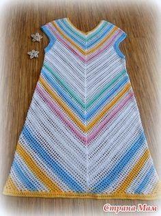 """. Яркое платье """"ЦВЕТНАЯ ДИАГОНАЛЬ"""". - Все в ажуре... (вязание крючком) - Страна Мам Crochet Tunic, Crochet Doilies, Crochet Clothes, Knit Crochet, Crochet Short Dresses, Baby Girl Crochet Blanket, Pineapple Design, Easy Stitch, Crochet Fashion"""