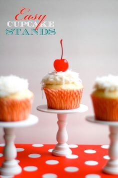Mini Cupcake DIY Stand.  These look so easy to make.  They use the wooden candle sticks and wood disks like you get in the craft store.