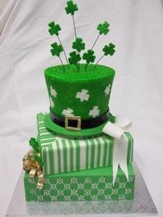 St. Patrick's Day Cake - For all your cake decorating supplies, please visit craftcompany.co.uk