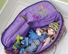 Travel Bag Sleeping Protective Doll Case Violet Blythe Littifee Handcrafted For Dolls Handmade 1/6 Bjd Dal Pullip https://www.etsy.com/listing/223598361/travel-bag-sleeping-protective-doll-case?ref=shop_home_active_2