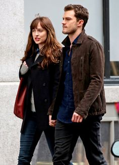dmayijohnsondaily: Jamie and Dakota spotted reshooting a previous scene on March, 07