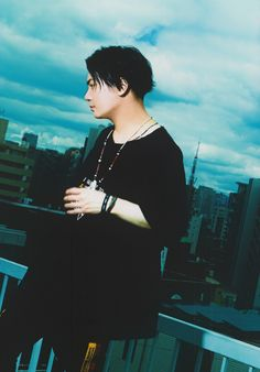 Tatsuhisa Suzuki, Voice Actor, Pop Rocks, The Voice, Bae, Actors, Fictional Characters, Night, Fantasy Characters