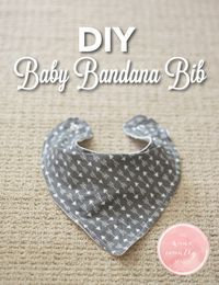 Use this free pattern and step-by-step guide to make an adorable baby bandana bib!   DIY Baby Bandana Bib   The Wine Country Mama   www.thewinecountrymama.com