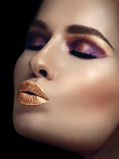 Gold lips - Make-up look http://vietpages.com.vn/1/3668/Trang-Diem-Co-Dau-Dep.aspx
