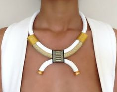 Collar de arabescos blanco cuello mujeres por VChristinaCollection