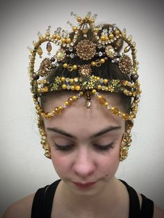 An amazing hand-made professional headpiece, suitable for the ballet The Golden Age, but also for La Bayadere, Corsaire and many other variations. This headpiece is made of Pearls, Swarovski crystals,