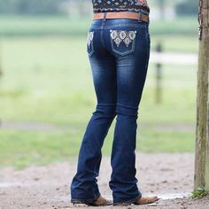 Add some color to your denim wardrobe with the Rock & Roll Cowgirl Santa Fe Rival Jean Cowgirl Jeans, Cowgirl Outfits, Summer Outfits, Cute Outfits, Summer Clothes, Country Girls Outfits, Kinds Of Clothes, Girls Jeans, Western Wear