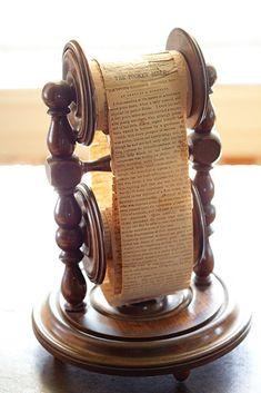 Antique pocket bible scroll at the Chatillon-DeMenil Mansion. Antique pocket bible scroll at the Chatillon-DeMenil Mansion. Old Books, Antique Books, Vintage Books, Pocket Bible, Victoria Magazine, Medieval Books, Handmade Books, Book Binding, Illuminated Manuscript