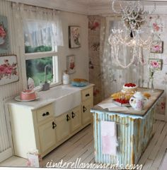 miniature kitchen by Cinderella Moments
