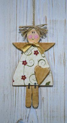 ....andělka pro štěstí... Christmas Tree Lots, Christmas Crafts For Gifts, Christmas Angels, Christmas Decorations, Christmas Ornaments, Clay Ornaments, Angel Ornaments, Ornament Crafts, Tole Decorative Paintings