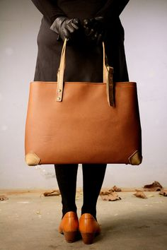 """Genuine Leather Bag, Brown """"Heritage"""" Bag from PickpocketBags by Pickpocket - Pickpocket Bags"""