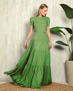 Skirt Outfits, Dress Skirt, Dress Up, Indian Designer Outfits, Looks Chic, Chic Dress, Lovely Dresses, African Dress, Couture Fashion