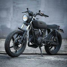 Yamaha built by 💥💥💥 Suzuki Cafe Racer, Triumph Cafe Racer, Cafe Racer Bikes, Cafe Racer Motorcycle, Yamaha Rx100, Yamaha Fz, Yamaha Bikes, Triumph Motorcycles, Custom Motorcycles