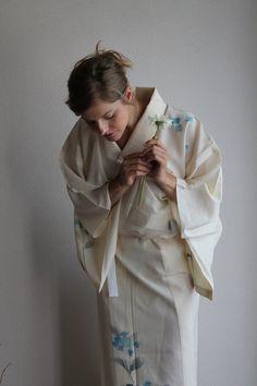 Cream sheer summer 2nd hand kimono dressing by WildRosebudDesigns, $45.00