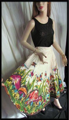 1950s Hand Painted mushrooms flowers Circle Skirt Creaciones Naitan