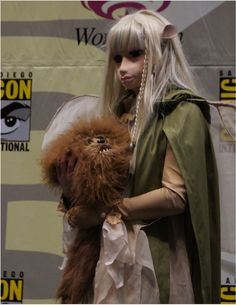 This is a costume?  WOW...  Kira from The Dark Crystal