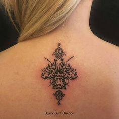 Farsi Tattoo, Calligraphy Tattoo, Persian Calligraphy, Spine Tattoos, Tatoos, Persian Tattoo, Heaven Tattoos, Simple Tattoos For Women, Tree Woman
