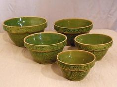 Set 5 Yellow Ware Bowls Green Hearts Olive Outstanding | eBay