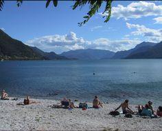 A beach in Dorio, Lake Como | Spiaggia a Dorio, Lago di Como | #lake #Como #Lago #Italy #lakecomoapp #beach