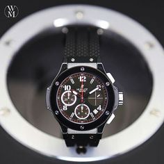 Originally a €13,300 timepiece. Watchmaster is offering a great deal on this Hublot Big Bang. This is a watch that shows you mean business. #highroller #hublot