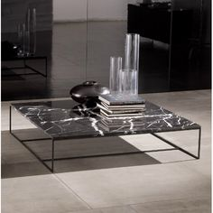Minotti Calder Marble Coffee Table by Dordoni Marble Furniture, Metal Furniture, Home Furniture, Furniture Design, Coffee Table Styling, Decorating Coffee Tables, Coffee Table Design, Marble Coffe Table, Contemporary Coffee Table