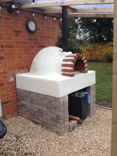 Pizza oven, great outdoor pizzas!!!
