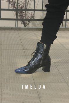 All Black Sneakers, Madness, Aesthetics, Booty, Ankle, Shoes, Fashion, Moda, Swag