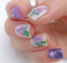 lilac manicure, nail design