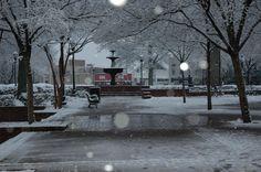 Snow on the Marietta Square in Marietta, Georgia