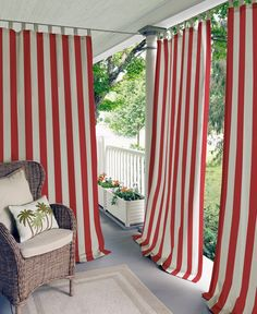 "Elrene Highland Stripe Indoor/Outdoor 50"" x 84"" Panel"