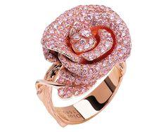 ROSE DIOR BAGATELLE RING, Pink Diamonds, Diamonds, and Rose Gold