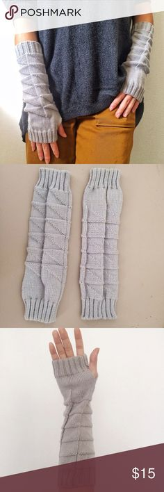 Light Grey Knit Long Arm Fingerless Gloves 👍NWOT, firm price; 😸10% OFF and a FREE gift when bundle 2+ items; 💁🏻Good for warm Winter, Spring, and Fall. Accessories Gloves & Mittens
