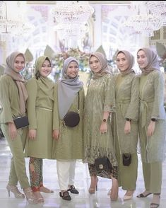Source by yovaaklil dresses hijab Kebaya Muslim, Dress Brokat Muslim, Kebaya Modern Hijab, Dress Brokat Modern, Model Kebaya Modern, Kebaya Hijab, Kebaya Dress, Modern Hijab Fashion, Batik Fashion