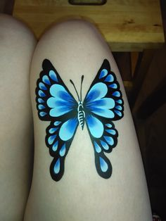 Girl Face Painting, Doll Face Paint, Leg Painting, Balloon Painting, Face Paint Makeup, Belly Painting, Painting Tattoo, Face Painting Tutorials, Face Painting Designs