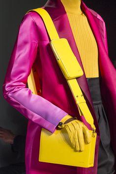 Lanvin Fall 2018 Ready-to-Wear Fashion Show Details: See detail photos for Lanvin Fall 2018 Ready-to-Wear collection. Look 26 Lanvin, Fashion Bags, Fashion Show, Fashion Accessories, Fashion Design, Paris Fashion, Fall Handbags, Cute Handbags, How To Make Leather