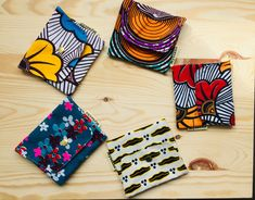 Ankara Bags, African Crafts, Nice Ideas, African Fashion, Tote Bags, Afro, Wax, Fashion Accessories, Diy Projects
