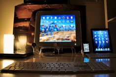 So the adaptor finally came yesterday, allowing me to hook up my 17'' Apple Studio Display to my unibody MacBook Pro running Lion. Its working like a charm. Pressing the brightness button on the display it even automatically loads up system preferenc http://hc.com.vn/vien-thong/dien-thoai-di-dong.html  http://hc.com.vn/vien-thong/  http://hc.com.vn