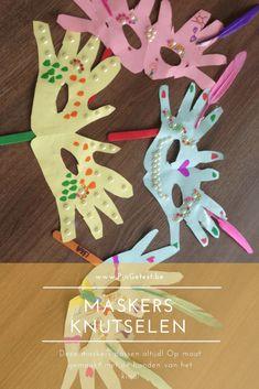 Leuke maskers maken met kids Maskers knutselen met kids The post Leuke maskers maken met kids appeared first on Knutselen ideeën. Diy Crafts For Kids, Paper Flowers, Christmas Cards, Carnival, Blog, Lily, Paper Crafts, Clip Art, Scrapbook