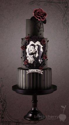 Gothic Wedding Cake, Gothic Cake, Black Wedding Cakes, Beautiful Wedding Cakes, Beautiful Cakes, Amazing Cakes, Cake Wedding, Gothic Wedding Ideas, Wedding Shoes