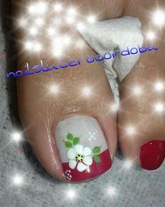 Cute Toe Nails, Hot Nails, Toe Nail Art, Pretty Nails, Hair And Nails, Pedicure Designs, Toe Nail Designs, Nail Picking, Cute Pedicures