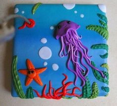 Would love this as a light plate switch!Sculpey Jellyfish - could make with fondant.