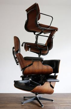 Eames Lounge and Aluminium Group chairs (1956/1958). Photography: Gutschera & Osthoff