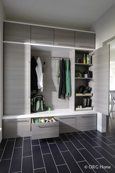 Let these mudroom entryway ideas welcome you home. Instantly tidy up and organize your hallway or entryway with industrial mudroom entryway. Entryway Closet, Entryway Storage, Organized Entryway, Shoe Storage, Storage Organization, Storage Design, Hall Closet, Storage Area, Closet Bench