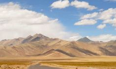 Traverse two paradises in the Northern most state of India. Drive from Srinagar to Leh.