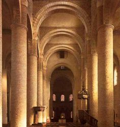 Романский стиль (X - XII вв.) - Памятники архитектуры