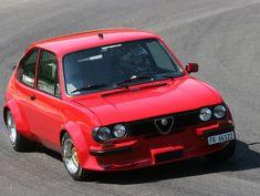 Alfa Romeo Cars, Car Stuff, Fiat, Custom Cars, Super Cars, Automobile, Vehicles, Classic, Sports