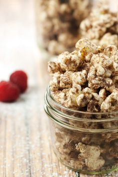 Spice up your popcorn in a fun way when you try this amazingly delicious Mexican Churro Popcorn recipe! Perfect for popping and sharing, make it today! Healthy Popcorn, Flavored Popcorn, Popcorn Recipes, Snack Recipes, Eat Healthy, Popcorn Snacks, Gourmet Popcorn, Healthy Desserts, Healthy Life