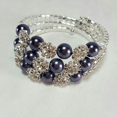 AVAILABLE! SILVER CRYSTAL/PEWTER BEADED BRACELET Beautiful silver bracelet covered in crystals and pewter  beads. Boutique  Jewelry Bracelets