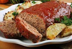 For your Sunday lunch try this Québecoise recipe: Pain de viande de Saint-Michel-des-Saints. This meat loaf made with beef, pork and delicious seasonal vegetables will make you travel to the other side of the Atlantique Ocean. Bon appétit! The recipe: http://www.coupdepouce.com/recettes-cuisine/plats-principaux/viande/pain-de-viande-de-saint-michel-des-saints/r/2578